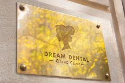 Portfolio johnny10 Dream Dental logo